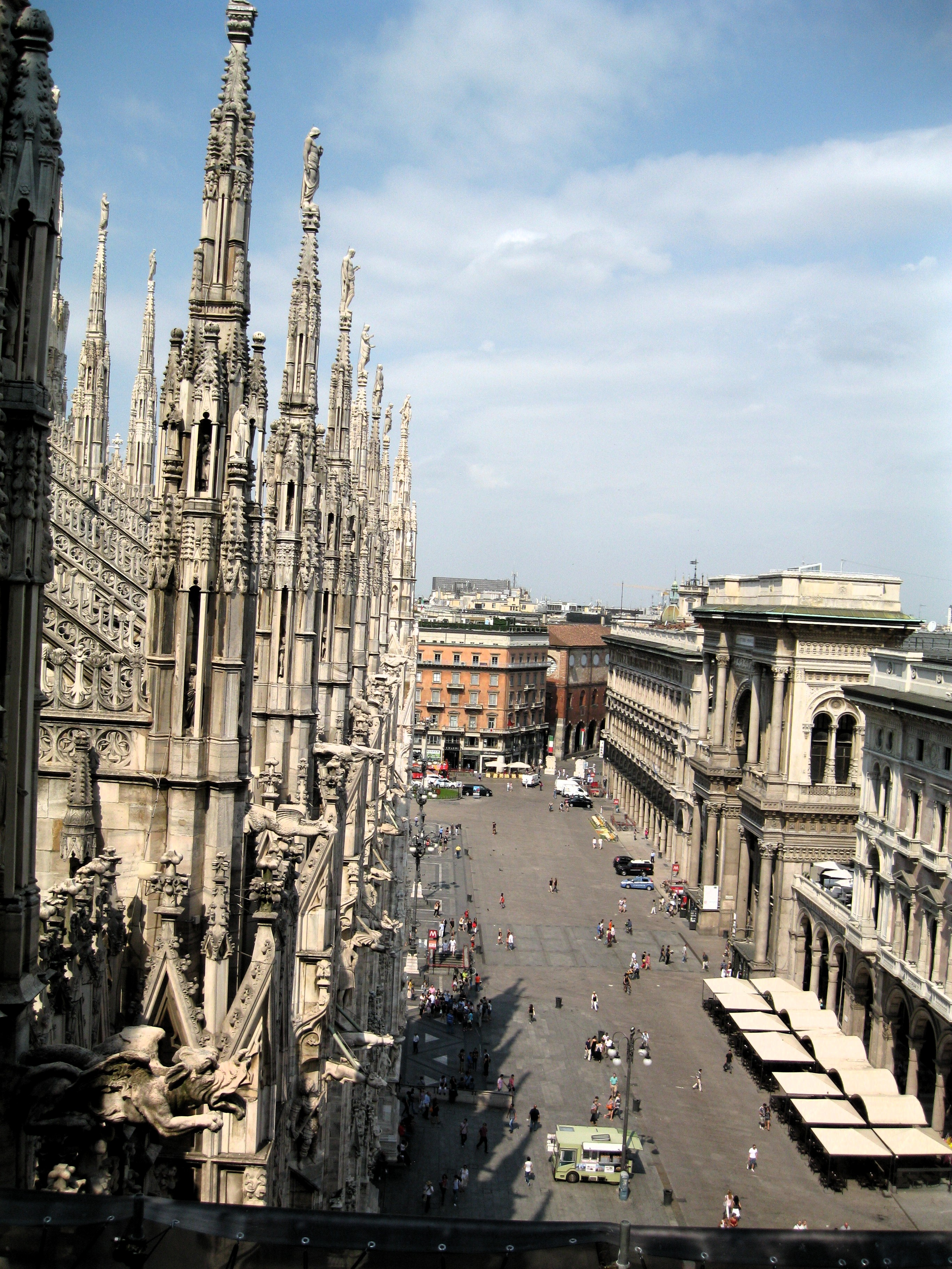 italy milan streets cathedral around